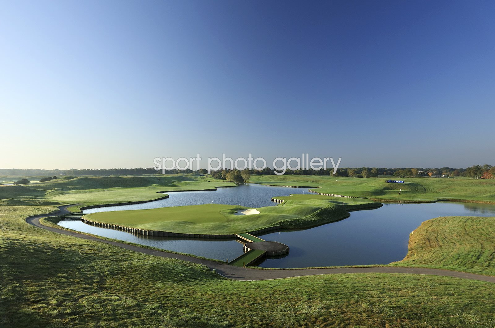 Golf National Albatross Course Ryder Cup 2018 Host Course 18th Hole