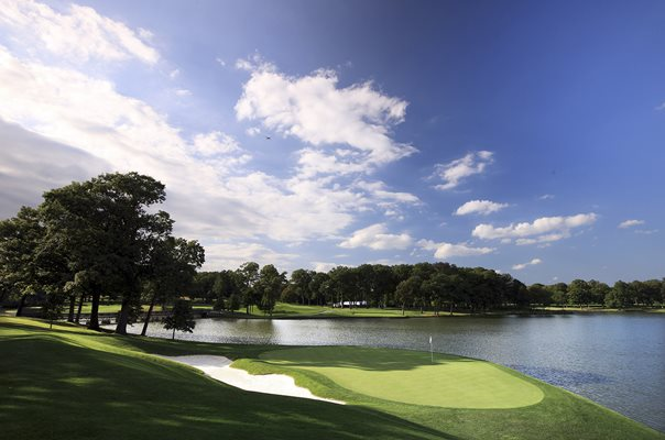 Medinah Country Club 2nd Hole Ryder Cup venue 2012