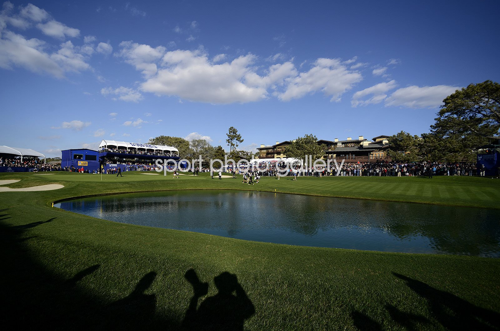 Tiger Woods wins at Torrey Pines California 2013