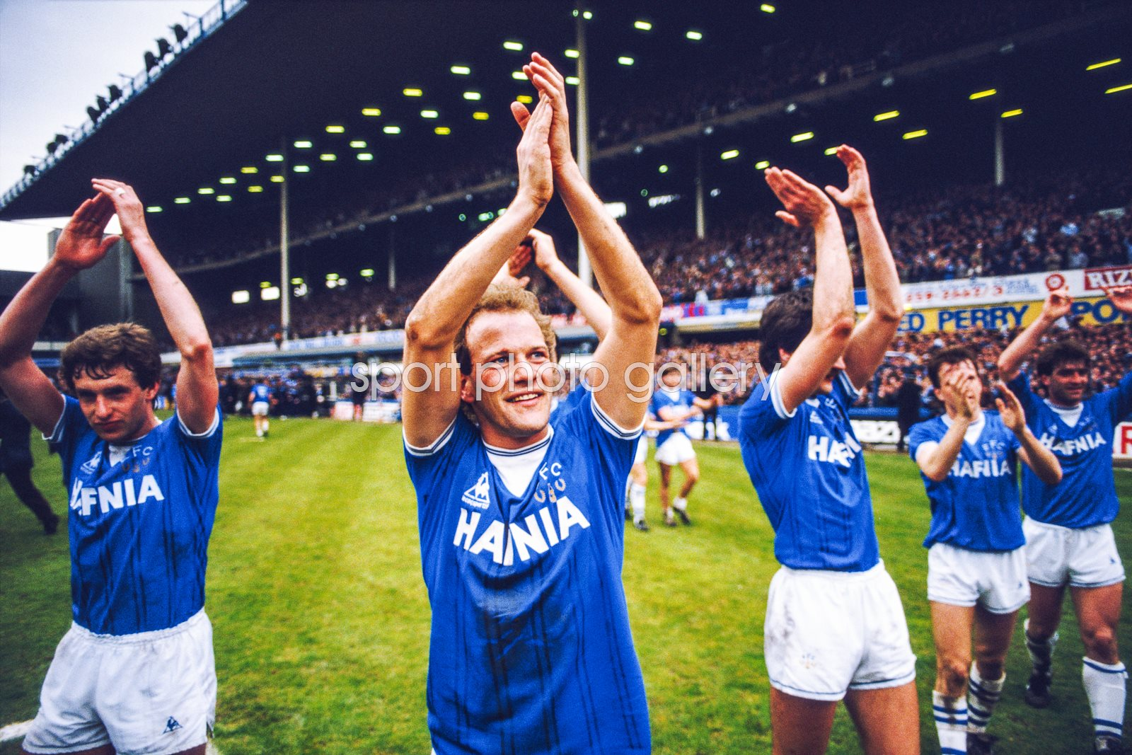 Andy Gray Everton v QPR 1985