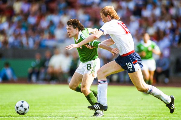 Mark Wright England v Ray Houghton Republic of Ireland Euro 1988