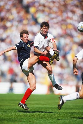 Neil Simpson Scotland v Bryan Robson England Rous Cup 1987