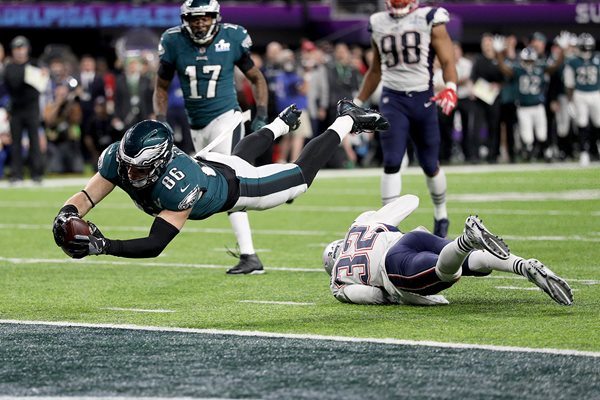 Zach Ertz Philadelphia Eagles Winning Touchdown Super Bowl 2018