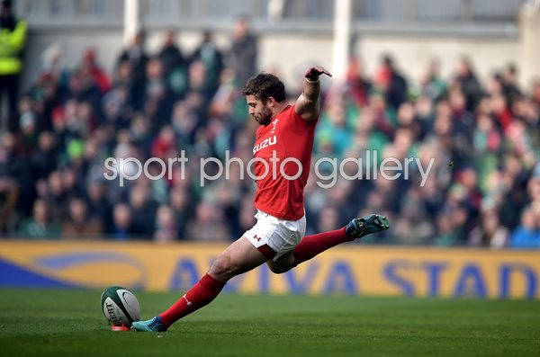 Leigh Halfpenny Wales v Ireland Dublin 6 Nations 2018