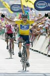 Lance Armstrong USA wins Stage 17 Tour De France 2004 Mounts