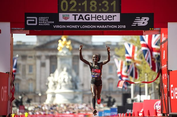 Vivian Cheruiyot Kenya Winner London Marathon 2018