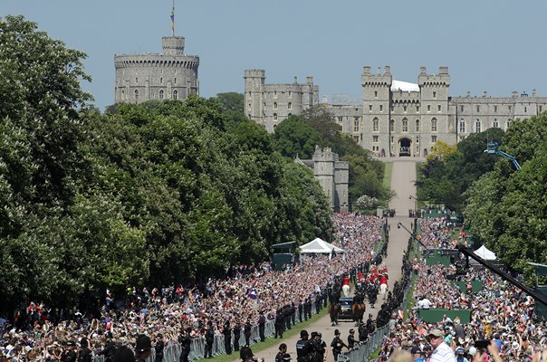 Prince Harry Meghan Markle Wedding Procession Windsor Castle 2018