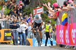 Chris Froome wins Giro Stage 19 2018 Prints