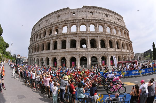 Chris Froome & Peloton Colosseum Stage 21 Rome Giro 2018