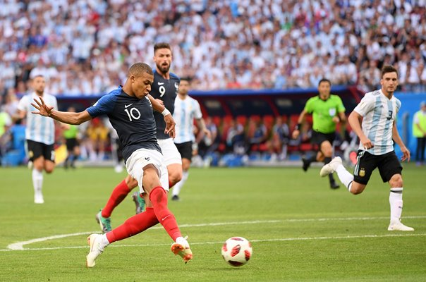 Kylian Mbappe France shoots v Argentina World Cup 2018