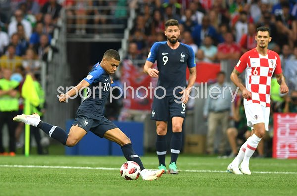 Kylian Mbappe France shoots v Croatia World Cup Final 2018