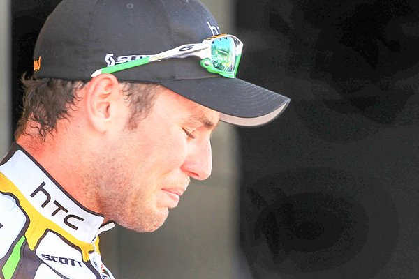 Mark Cavendish emotional after Stage 5 win