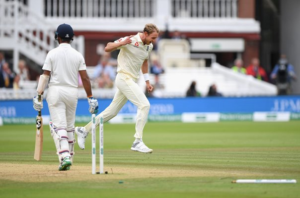 Stuart Broad bowls Pujara England v India Lord's Test 2018