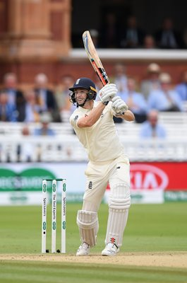Chris Woakes bats England v India 2nd Test Lord's 2018