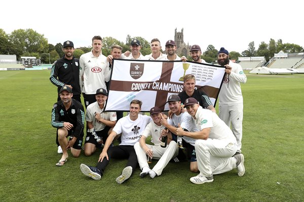 Surrey team Specsavers County Champions 2018