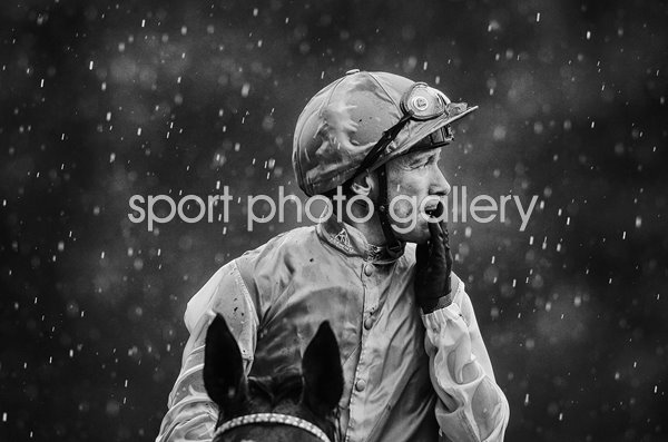 Frankie Dettori riding Enable win King George V1 Ascot 2017