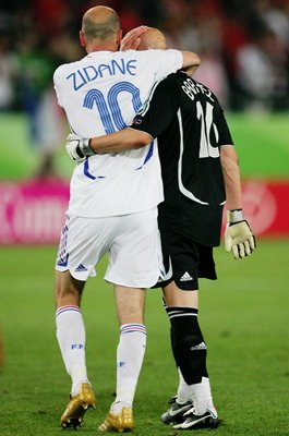 Fabien Barthez & Zinedine Zidane France World Cup 2006