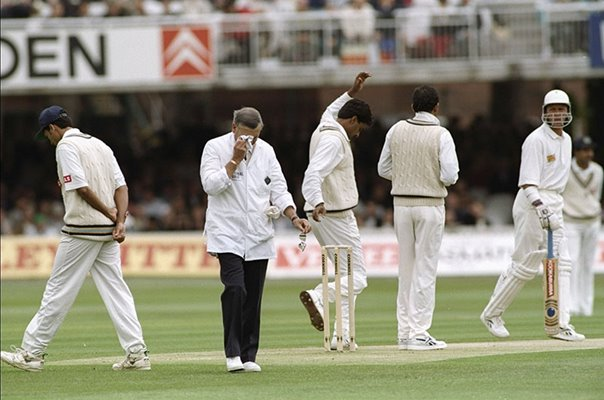 Dickie Bird legendary umpire retires England v India Lords 1996