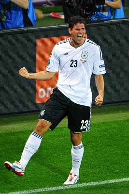 Mario Gomez scores Germany winner EURO 2012