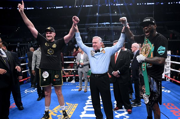 Deontay Wilder v Tyson Fury Draw Heavyweight Title Fight 2018