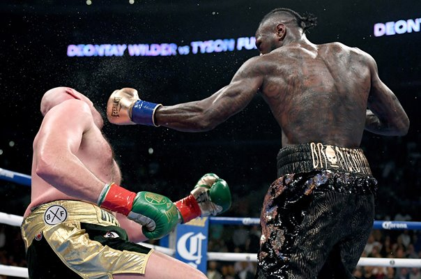 Deontay Wilder knocks down Tyson Fury Los Angeles 2018