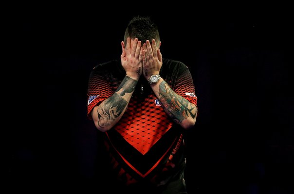 Michael Smith England wins Semi Final World Darts 2019