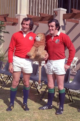 Gareth Edwards & Phil Bennett British Lions South Africa 1974