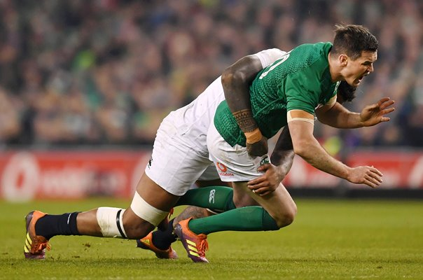 Courtney Lawes England v Jonathan Sexton Ireland 2019