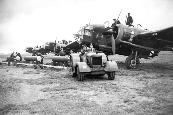 Handley Page Hampden 1941 at RAF Lindholme
