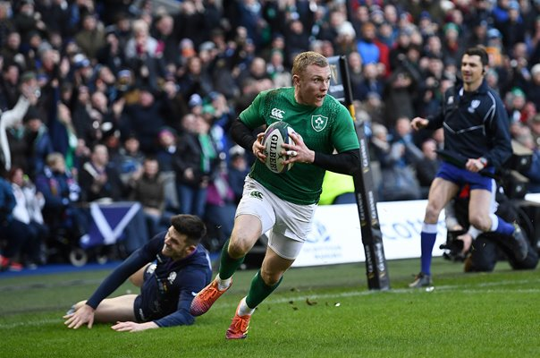 Keith Earls Ireland scores v Scotland Murrayfield Six Nations 2019