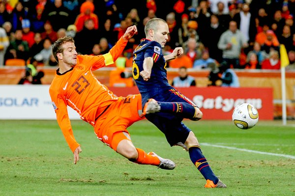 2010 World Cup Final - Iniesta scores v Holland