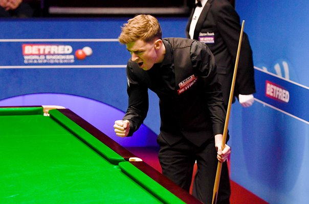 James Cahill Winning Moment v Ronnie O'Sullivan World Snooker 2019