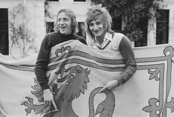 Denis Law & Rod Stewart Scotland 1974