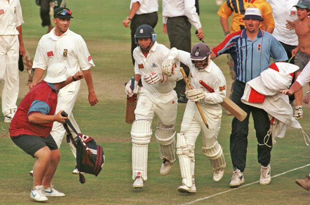 Mike Atherton & Jack Russell England save Test Johannesburg 1995