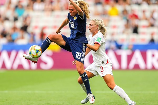 Alex Greenwood England v Claire Emslie Scotland World Cup 2019