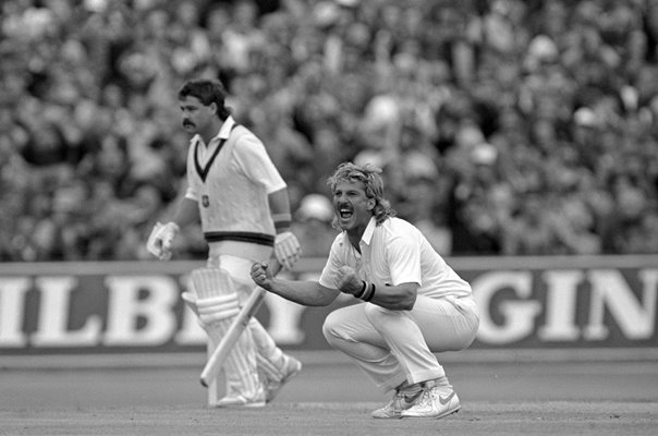 Ian Botham England & David Boon Australia Ashes 1985