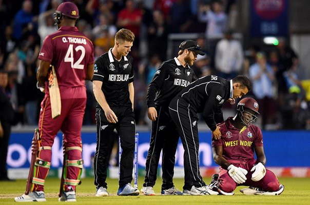 Carlos Brathwaite West Indies consoled by Ross Taylor New Zealand World Cup 2019
