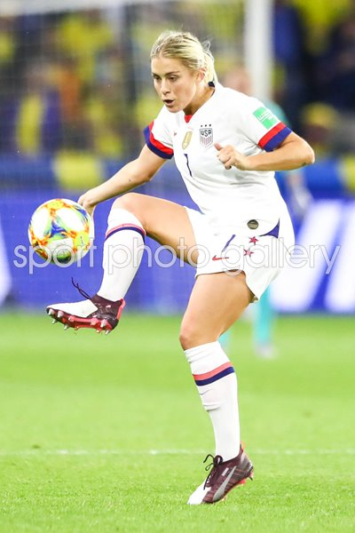 Abby Dahlkemper USA v Sweden Group F World Cup 2019