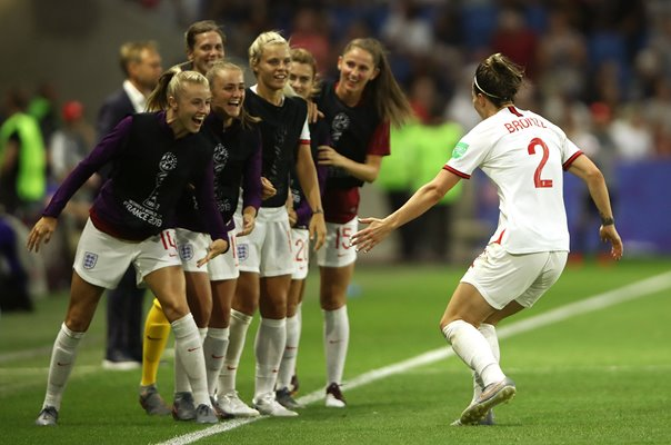 Lucy Bronze England celebrates v Norway World Cup 2019