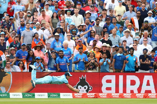 Chris Woakes Catches Pant England v India Edgbaston World Cup 2019