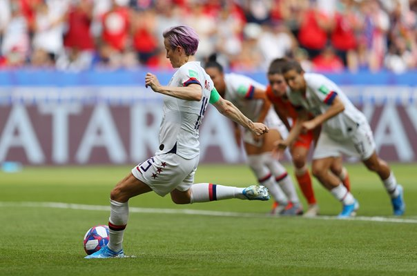 Megan Rapinoe USA scores v Netherlands World Cup Final 2019