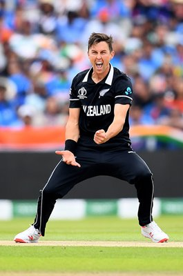 Trent Boult New Zealand celebrates Virat Kohli wicket World Cup 2019