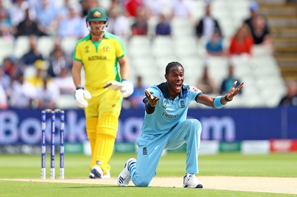 Jofra Archer England dismisses Aaron Finch Australia Semi-Final 2019