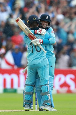 Joe Root & Eoin Morgan  England v Australia Edgbaston World Cup 2019