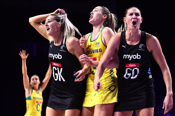 Caitlin Basset Australia v Jane Watson & Casey Kopua New Zealand World Cup 2019