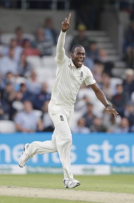 Jofra Archer celebrates England v Australia Headingley Ashes 2019
