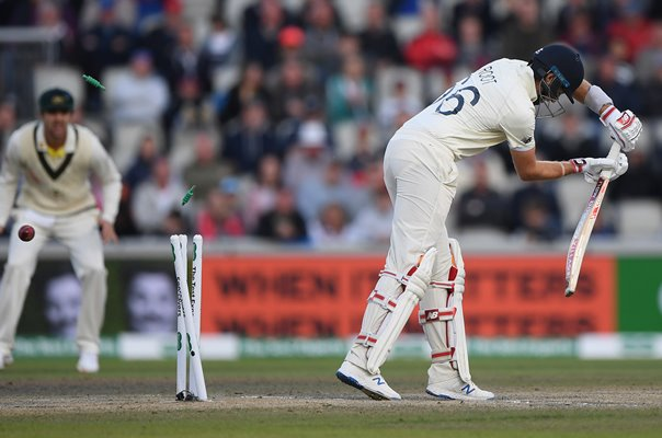 Pat Cummins Australia bowls Joe Root England Ashes 2019