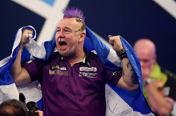 Peter Wright beats Michael Van Gerwen World Darts Final 2020