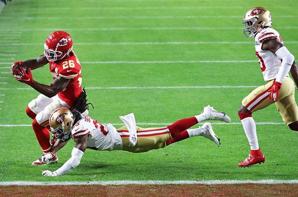 Damien Williams Kansas City Chiefs Touchdown dive Super Bowl Miami 2020