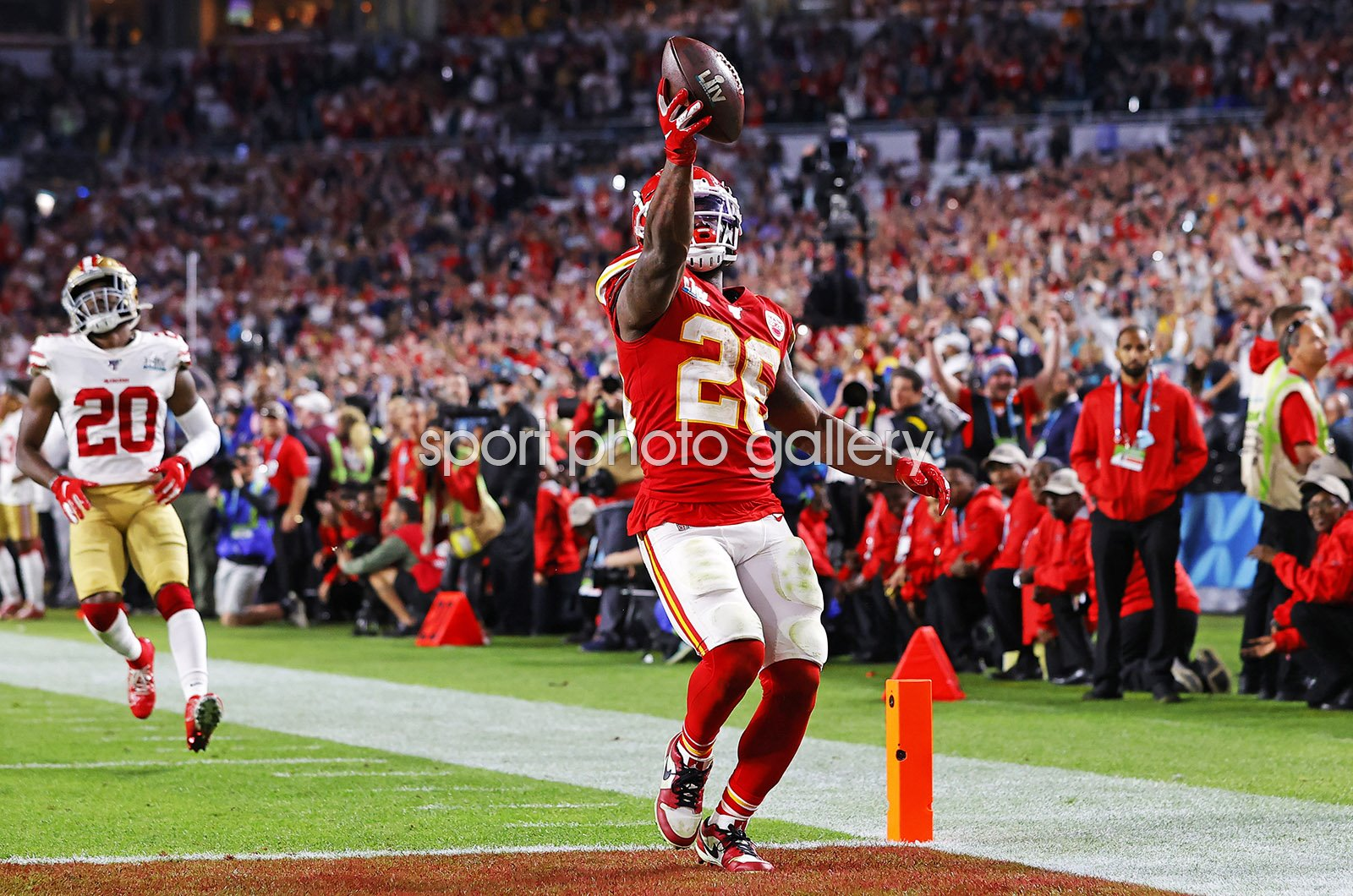 Damien Williams Kansas City Fourth Quarter Touchdown Super Bowl Miami 2020